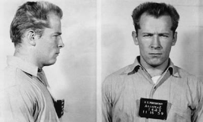 Fotografía de la detención de James Bulger cuando era un sicario de la mafia en Boston.