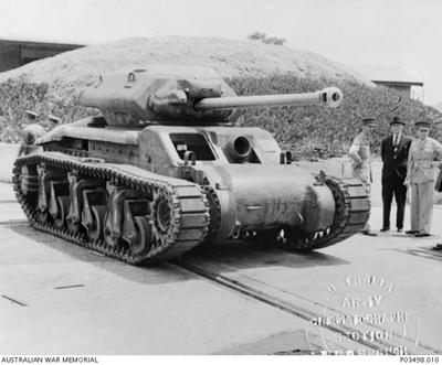 Versión del Sentinel con el cañón de 17 libras - Imagen de dominio público