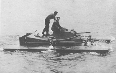 un Schwimmpanzer en pruebas de flotación. Imagen de dominio público.