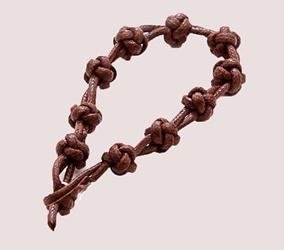 Una cuerda de nudos moderna