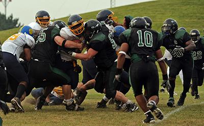 El combate cuerpo a cuerpo forma parte de muchos deportes de contacto